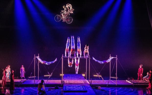 Cirque du Soleil - Corteo